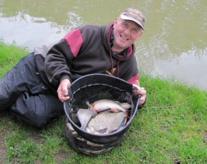 fantastic canal catch close to 40lbs
