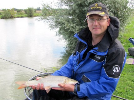a 3lb barbel in perfect condition