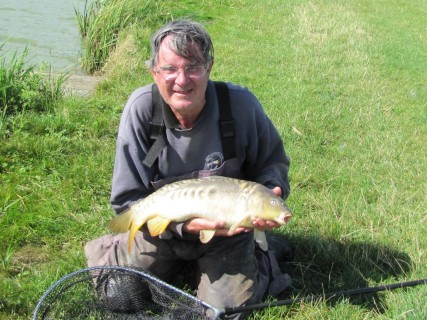 beautiful markings on this 10lb mirror carp